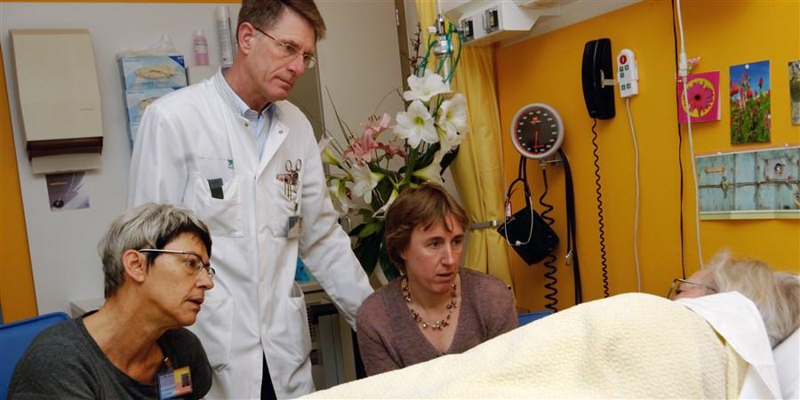 Artsen beïnvloeden ruim helft overlijdens