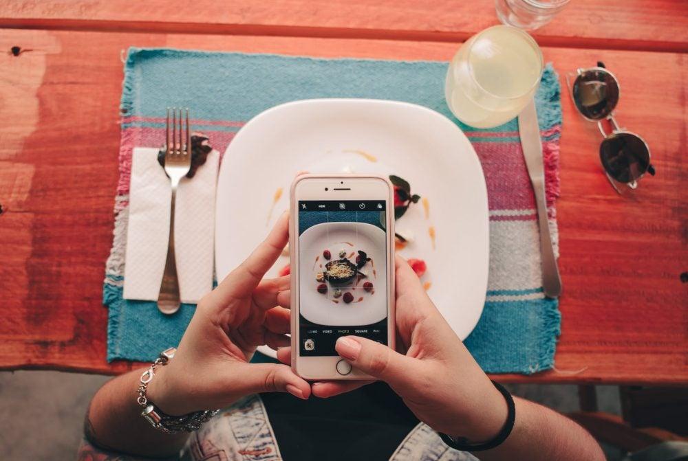 Je geniet meer van je eten als je er een foto van maakt